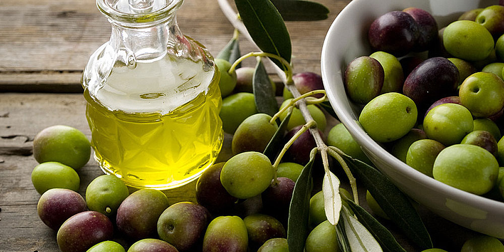 L'huile d'olives naturelle